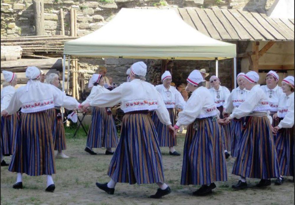Narva Eakate Liit